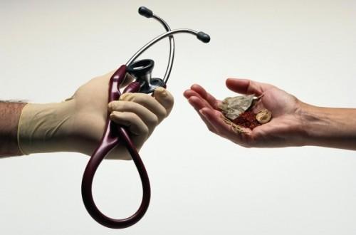 Как лечить эпителиальный копчиковый ход?1